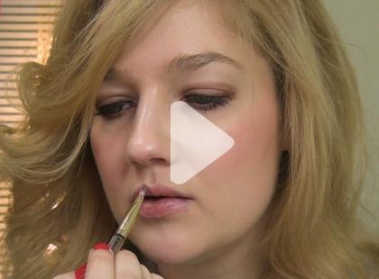 Jak zmienić makijaż dzienny w wieczorowy [video]