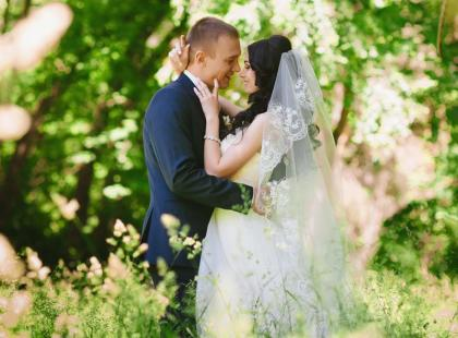 Jak zorganizować ślub w stylu rustykalnym?