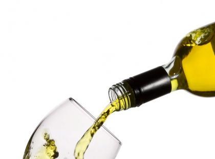 Jak zrobić białe grzane wino?
