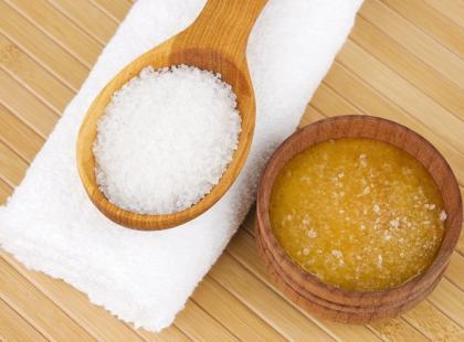 Jak zrobić domowy peeling cukrowy?