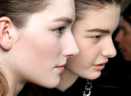 Jak zrobić ekologiczny peeling do twarzy?