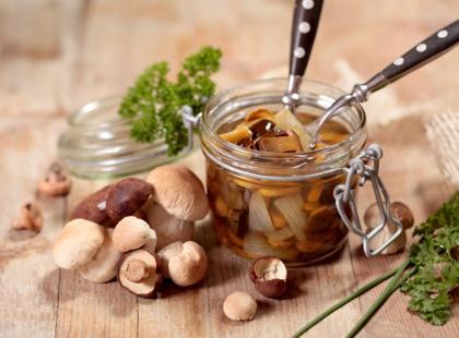 Jak zrobić grzyby marynowane?
