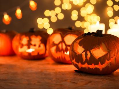 Jak zrobić lampion z dyni na Halloween?