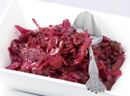 Jak zrobić sałatkę colesław?