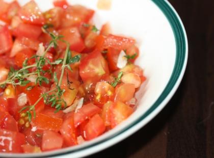Jak zrobić salsę pomidorową?