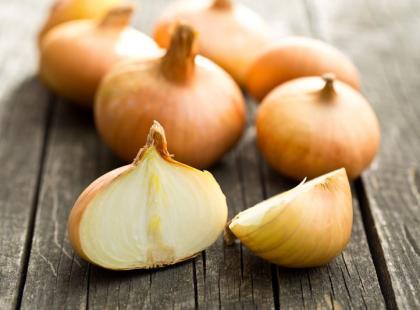 Jak zrobić syrop z cebuli? Instrukcja krok po kroku