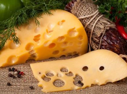 Jak zrobić żółty ser?