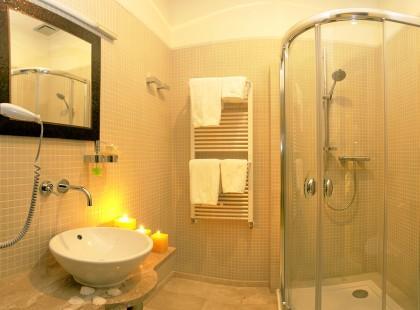 Jaki brodzik do łazienki - kilka praktycznych wskazówek