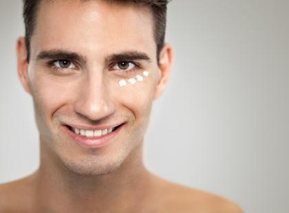 Jakich kosmetyków powinni używać mężczyźni?