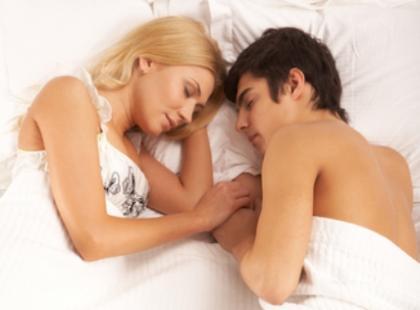 Jakich słów powinnaś unikać w łóżku - bądź wyrozumiała