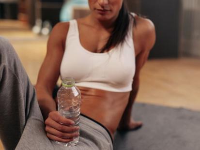 Jakie ćwiczenia na brzuch są najlepsze? Spal tłuszcz z tej części ciała!