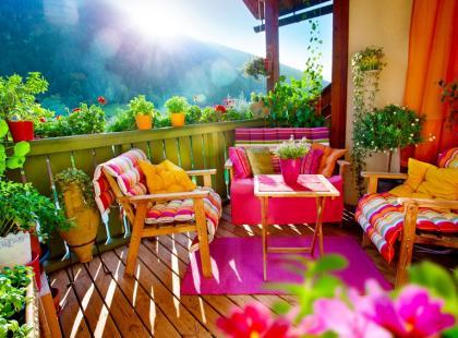 Jakie kwiaty wybrać na balkon?