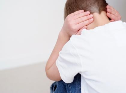Jakie mogą być konsekwencje przemocy emocjonalnej wobec dziecka?