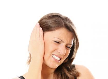 Jakie mogą być przyczyny krwawienia z ucha?