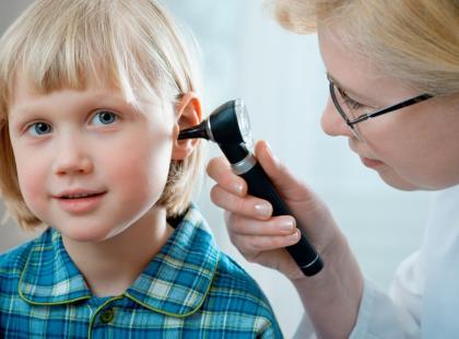 Jakie mogą być przyczyny nagłej utraty słuchu?