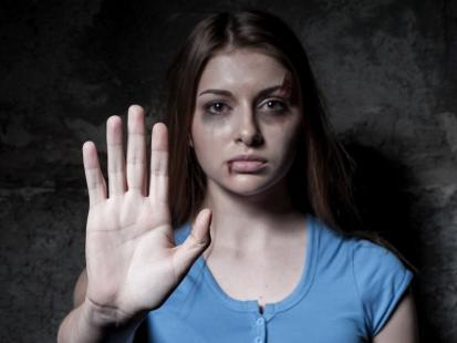 Jakie są środki prawne, by walczyć z przemocą w rodzinie?