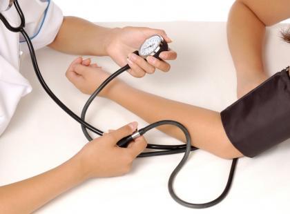 Jakie świadczenia obejmuje opieka zdrowotna?