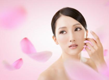 Japoński demakijaż sposobem na jedwabiście gładką cerę