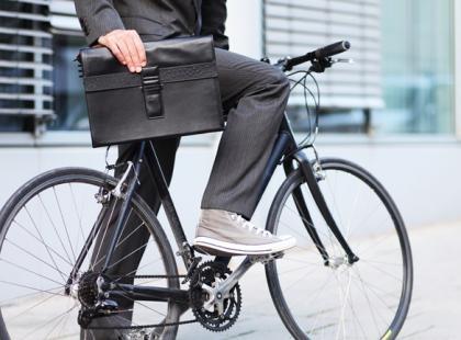 Jazda rowerem do pracy – poradnik