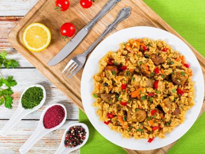 Jednogarnkowe danie rodem z Włoch - sprawdź nasze przepisy na risotto z kurczakiem