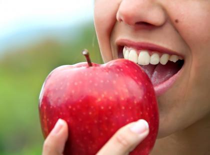 Jedzenie, które myje zęby? Tak!