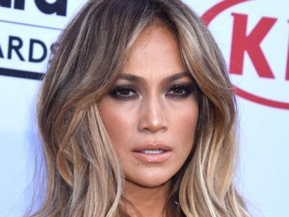 Jennifer Lopez pożegnała się ze swoimi długimi włosami
