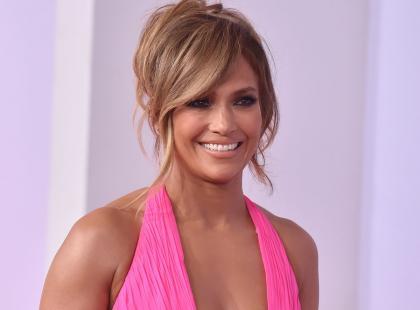 Jennifer Lopez w piżamie i bez makijażu! Trudno uwierzyć, że ma 49 lat