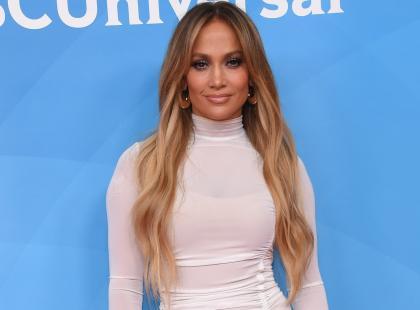 Jennifer Lopez właśnie skończyła 49 lat. Jej zdjęcie w bikini podbija sieć!