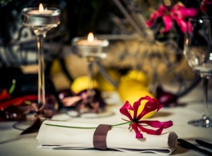Jesienne stoły weselne - 4 dekoracje