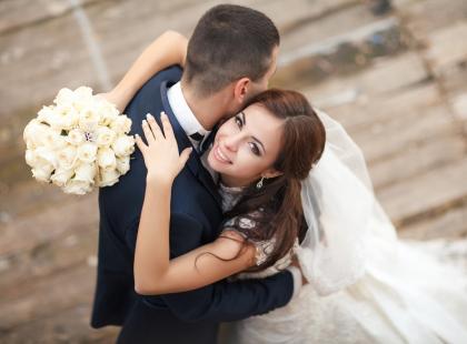 Jeśli wyjdziesz za mąż w TYM wieku, raczej się nie rozwiedziesz. Kiedy najlepiej brać ślub?