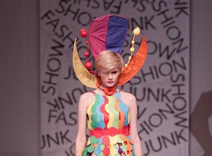 Junk Fashion Show 2011