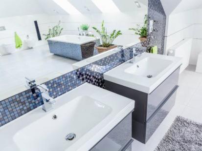 Kamień i mozaika azulejo, czyli Portugalia w łazience