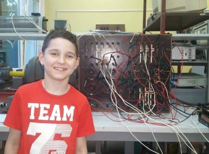 Kamil ma 9 lat i... studiuje na Politechnice! Najmłodszy student w Polsce właśnie dostał stypendium