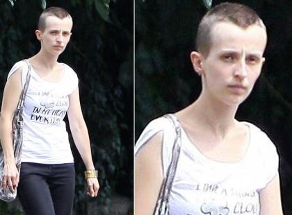 Kamila Łapicka jest łysa!