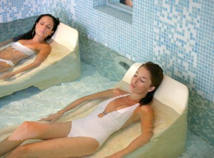 Kąpiel solankowa - na co pomaga?