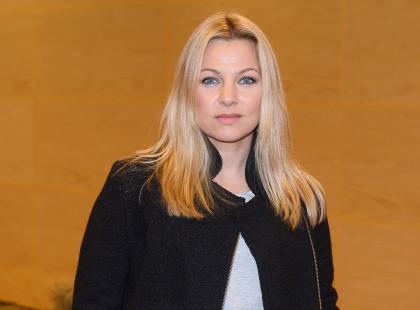 """Katarzyna Bujakiewicz pokazała, jak jej córka bawi się z amstaffem. Ostra reakcja innych matek: """"Ryzykowne"""""""