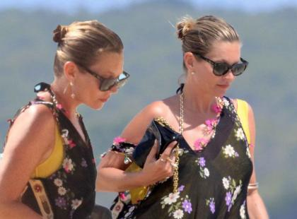 Kate Moss z mężem i córką na hiszpańskiej plaży