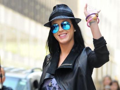 Katy Perry podda się hipnozie