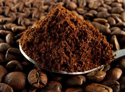 Kawa w pracy - skutecznie pomaga czy nieświadomie szkodzi?