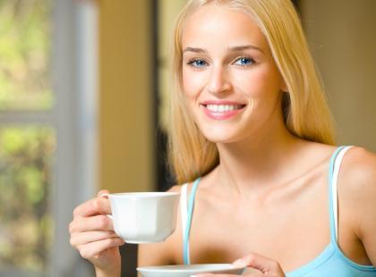 Kawa w walce z próchnicą