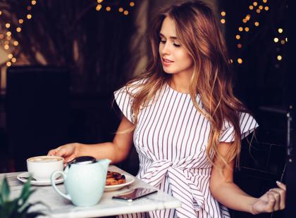 Kawę z masłem pije coraz więcej z nas! Dlaczego? Efekty, które daje są niesamowite!