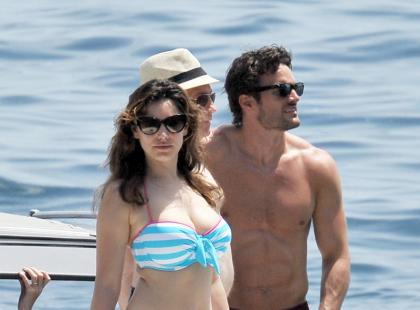 Kelly Brook z chłopakiem na Capri