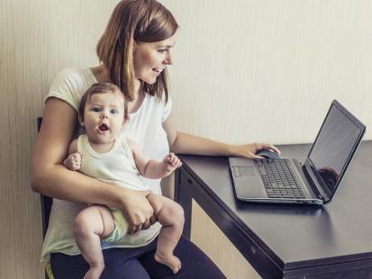 Kiedy wrócić do pracy po urodzeniu dziecka?