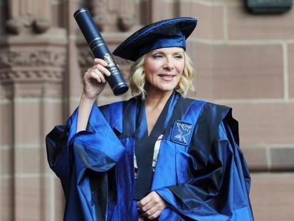 Kim Cattrall z doktoratem!