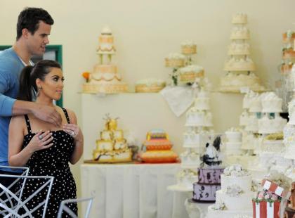 Kim Kardashian wybiera tort weselny