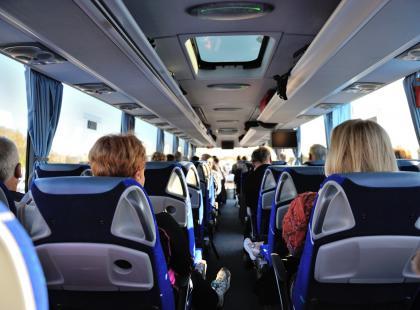 Kłopoty żołądkowe w podróży – jak im zapobiegać i je leczyć?