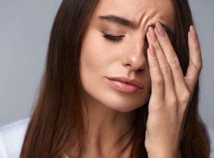 Kłucie i ból oczu, problemy z widzeniem… To może być cukrzyca!