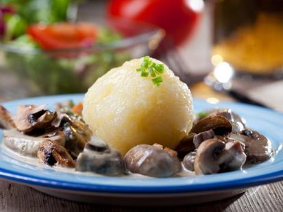 Knedle ziemniaczane z grzybami
