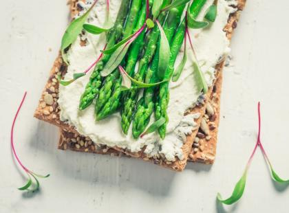 Kochane przez wszystkich: zobacz 29 przepisów na dania ze szparagami