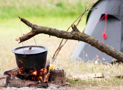 Kociołek na ognisko - który wybrać?